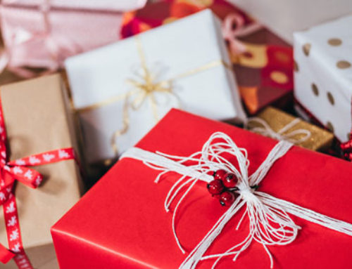 Virtual Bookkeepers On How to Save Money During the Holidays